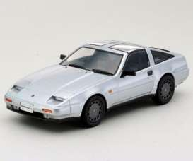 Nissan  - 1986 silver - 1:43 - Kyosho - 3361s - kyo3361s | Tom's Modelauto's