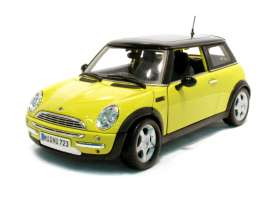 Mini  - 2005 yellow/black - 1:18 - Maisto - 31656y - mai31656y | Tom's Modelauto's