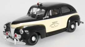 Ford  - 1941 black/creme - 1:43 - First Response - fr1941-TN | Tom's Modelauto's