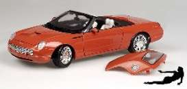 Ford  - red - 1:18 - Beanstalk - bnsv10013mc | Tom's Modelauto's