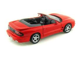 Pontiac  - 2001 red - 1:24 - Welly - 22420r - welly22420r | Tom's Modelauto's