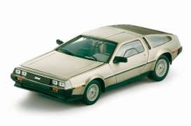 Delorean  - 1981 stainless steel - 1:18 - SunStar - 2701 - sun2701 | Tom's Modelauto's