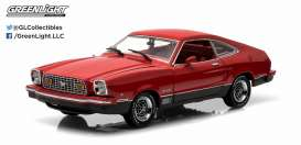 GreenLight - Ford  - gl12867 : 1976 Ford Mustang II Mach I, red/black