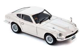 Datsun  - 1971 white - 1:43 - Norev - 800099 - nor800099 | Tom's Modelauto's