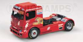 Mercedes Benz  - 2000 red - 1:43 - Minichamps - 439000306 - mc439000306 | Toms Modelautos