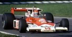 McLaren Ford - 1977 red/white - 1:43 - Minichamps - mc530770014 | Tom's Modelauto's