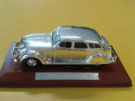 Chrysler  - Airflow 1934 chrome - 1:43 - Magazine Models - CHRairflow - magCHRairflow | Tom's Modelauto's
