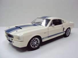 Shelby  - 1967 white/blue - 1:18 - Shelby Collectibles - shelby187 | Toms Modelautos