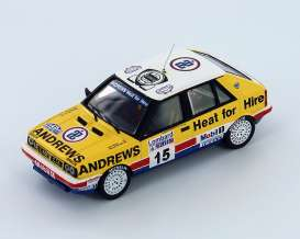 Lancia  - 1987 yellow/white - 1:43 - IXO Models - ixrac102 | Tom's Modelauto's