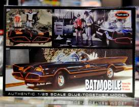 Batman  - 1966  - 1:25 - Polar Lights - plls0920 | Toms Modelautos