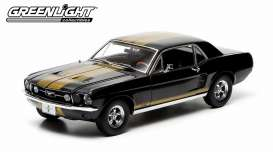 Ford  - 1967 black with gold stripes - 1:18 - GreenLight - 12897 - gl12897 | Toms Modelautos