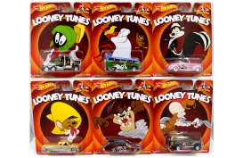 Hotwheels - Assortment/ Mix  - hwmvX8308-956M~16 : 2013 Hotwheels 1/64 Pop Culture assortment 956M Looney Tunes