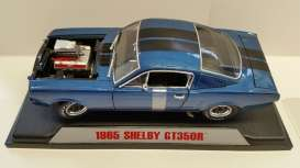 Shelby  - 1965 light blue/black - 1:18 - Shelby Collectibles - shelby510 | Toms Modelautos