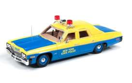 Dodge  - 1974 yellow/blue - 1:43 - Auto World - AWR1150 | Tom's Modelauto's