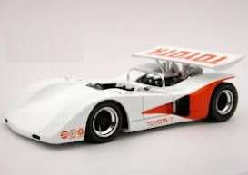 Toyota  - 1970 white/orange - 1:43 - Q-model - QM107 | Tom's Modelauto's