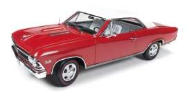 Chevrolet  - 1966 red - 1:18 - Auto World - AMM1041 | Toms Modelautos