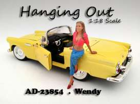American Diorama - Figures  - AD23854 : 1/18 *Hanging Out* Wendy