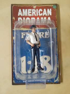 Figures  - 2012 white/blue - 1:18 - American Diorama - 23993 - AD23993 | Toms Modelautos