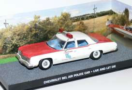 Chevrolet  - white/red - 1:43 - Magazine Models - JBbelairPolice - magJBbelairPolice | Toms Modelautos