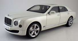 Bentley  - 2014 ghost white - 1:18 - Kyosho - kyo8910ghw | Tom's Modelauto's