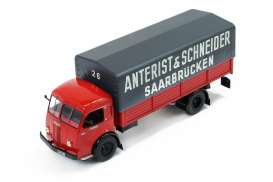 Panhard  - 1952  - 1:43 - IXO Truck Collection - ixtru014 | Tom's Modelauto's