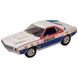 AMC  - 1969 white/red/blue - 1:18 - Auto World - 215 - AW215 | Tom's Modelauto's