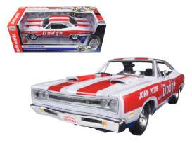 Dodge  - Coronet Superbee 1969 white/red/blue - 1:18 - Auto World - 222 - AW222 | Tom's Modelauto's
