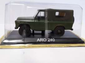 Magazine Models - ARO  - maglcAro240 : Aro 240 *Legendary cars* green