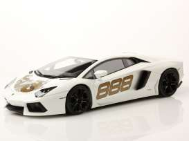 Lamborghini  - Aventador white - 1:18 - MR Collection Models - MRLambo06DR | Tom's Modelauto's