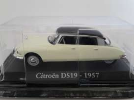 Magazine Models - Citroen  - magRBADS19 : 1957 Citroen DS 19, creme with brown roof
