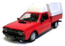 FSO  - 1988 red/white - 1:43 - Magazine Models - magPL138 | Tom's Modelauto's
