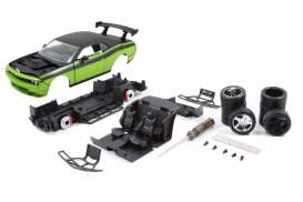 Dodge  - 2012 green/black - 1:24 - Jada Toys - 97364 - jada97364 | Tom's Modelauto's