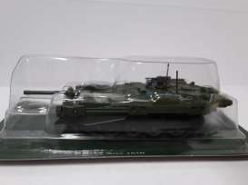 Magazine Models - Combat Vehicles  - magCV-10 : #10 Combat Vehicles Series Strv 103B