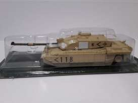 Magazine Models - Combat Vehicles  - magCV-05 : #5 Combat Vehicles Series Challenger 2
