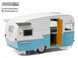 Shasta  - 1961 white/blue - 1:24 - GreenLight - 18229 - gl18229 | Toms Modelautos