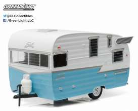Shasta  - 1961 white/blue - 1:24 - GreenLight - 18229 - gl18229 | Tom's Modelauto's