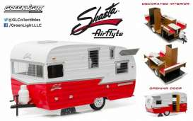 Shasta  - 1961 white/red - 1:24 - GreenLight - gl18225 | Tom's Modelauto's