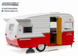 Shasta  - 1961 white/red - 1:24 - GreenLight - 18225 - gl18225 | Toms Modelautos