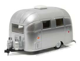 Airstream  - Bambi polished silver - 1:24 - GreenLight - gl18228 | Tom's Modelauto's
