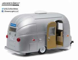 Airstream  - Bambi silver - 1:24 - GreenLight - 18224 - gl18224 | Toms Modelautos