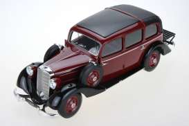 Mercedes Benz  - 1936 burgundy - 1:18 - Triple9 Resin series - T9R1800102 - T9R1800102 | Toms Modelautos