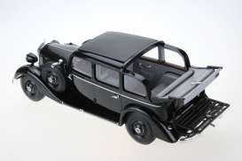 Mercedes Benz  - 1936 black - 1:18 - Triple9 Resin series - T9R1800103 | Tom's Modelauto's
