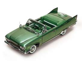 Plymouth  - 1960 chrome green - 1:18 - SunStar - 5404 - sun5404 | Toms Modelautos