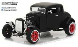 Ford  - 1932 matt black - 1:18 - GreenLight - gl12975 | Tom's Modelauto's