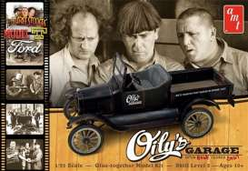 AMT - Ford  - amts1012 : 1925 Ford Model T The Three Stooges Oily's Garage, plastic modelkit