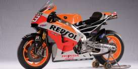 Minichamps - Honda  - mc122141193 : 2014 Honda RC213V Marc Marquez, red/orange/white