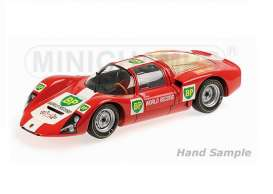 Porsche  - 1967 red/white/green/yellow - 1:18 - Minichamps - 100666100 - mc100666100 | Toms Modelautos