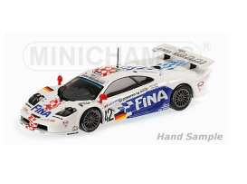 McLaren  - 1997 white/blue/red - 1:18 - Minichamps - mc530133742 | Tom's Modelauto's