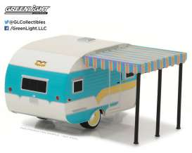 GreenLight - Caravan  - gl34010A : 1958 Catolac DeVille Travel Trailer *Hitched homes series 1*, white/teal