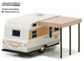 GreenLight - Winnebago  - gl34010C : 1964 Winnebago Travel Trailer 216 *Hitched homes series 1*, white/gold